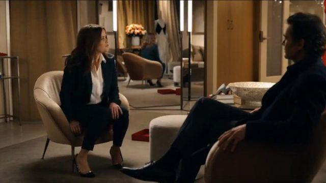 Valentino garavani Rockstud Grainy Calfskin Pump worn by Bradley Jackson (Reese Witherspoon) in The Morning Show Season 01 Episode 03