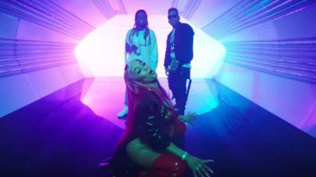 Maison margiela Tabi low-top Sneakers worn by Lil Wayne in the YouTube video Kid Ink - YUSO (Official Video) ft. Lil Wayne, Saweetie
