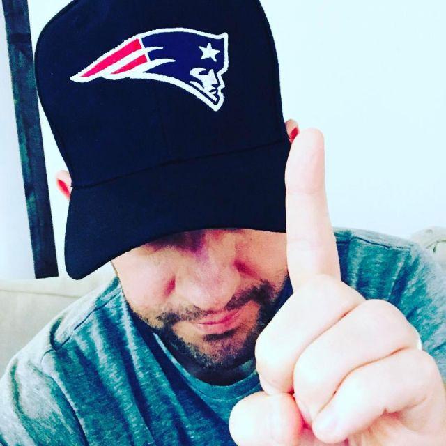 New England Patriots Navy Cap of John Krasinski on the Instagram account @johnkrasinski