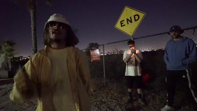 Le veste jaune portée par Lorenzo dans son clip Bizness
