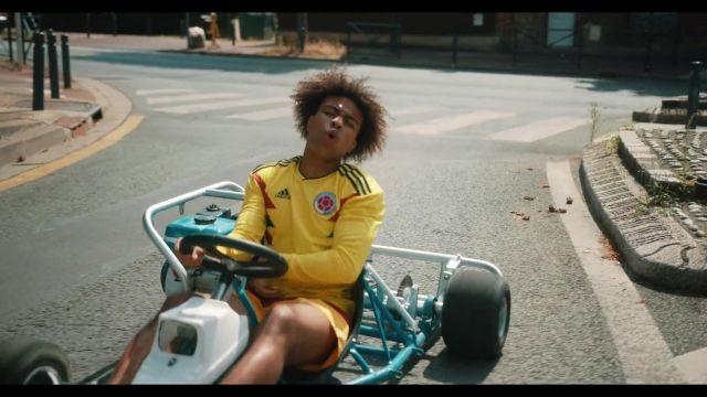 Maillot Colombie 2019 porté par Gambi dans le clip Gambi - Hé oh (Clip officiel)