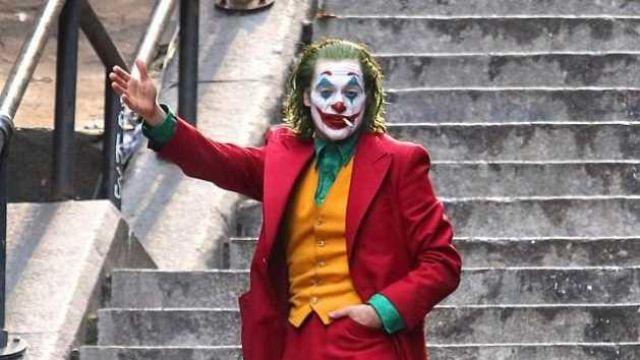 Costume Arthur Fleck (Joaquin Phoenix) in Joker