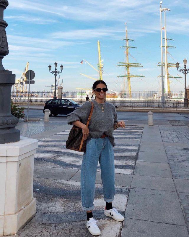 Blue Pants Jeans of Maria Teresa Valdes on the Instagram account @marvaldel