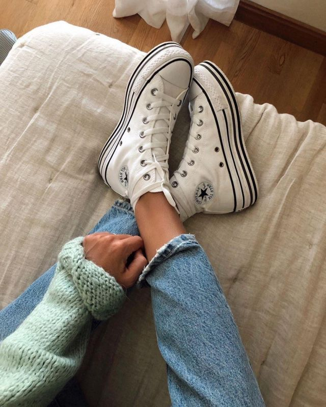 Converse Sneakers White of Maria Teresa Valdes on the Instagram account @marvaldel