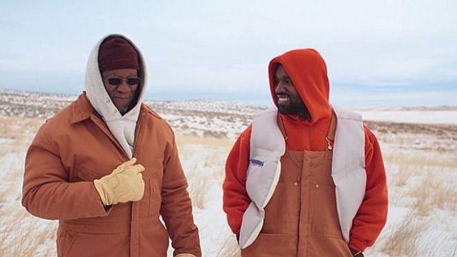 Orange hoodie of Kanye West in Kanye West - Follow God