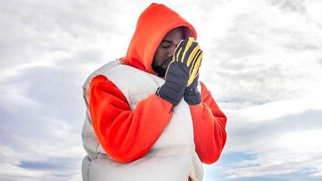 White puffer vest of Kanye West in Kanye West - Follow God