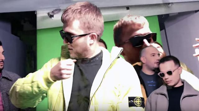 Les lunettes de soleil Saint Laurent portées par Vald dans son clip Ignorant