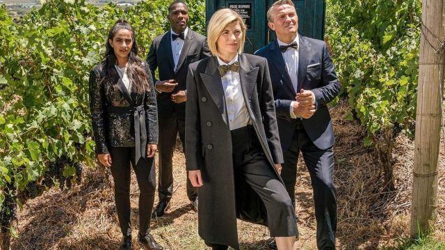 Le manteau long de The Doctor (Jodie Whittaker) dans la saison 12 de Doctor Who