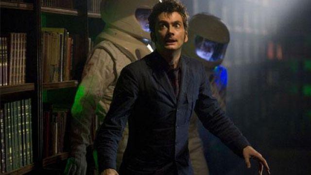 La réplique du costume bleu de The Doctor (David Tennant) dans Doctor Who