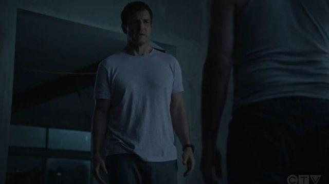 Alternative Apparel Grey T Shirt worn by John Nolan (Nathan Fillion) in The Rookie Season 02 Episode 09