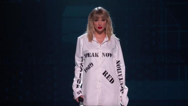 TS Merchandising White shirt Speak Now 1989 Red worn by Taylor Swift for her Live Performance at the 2019 American Music Awards