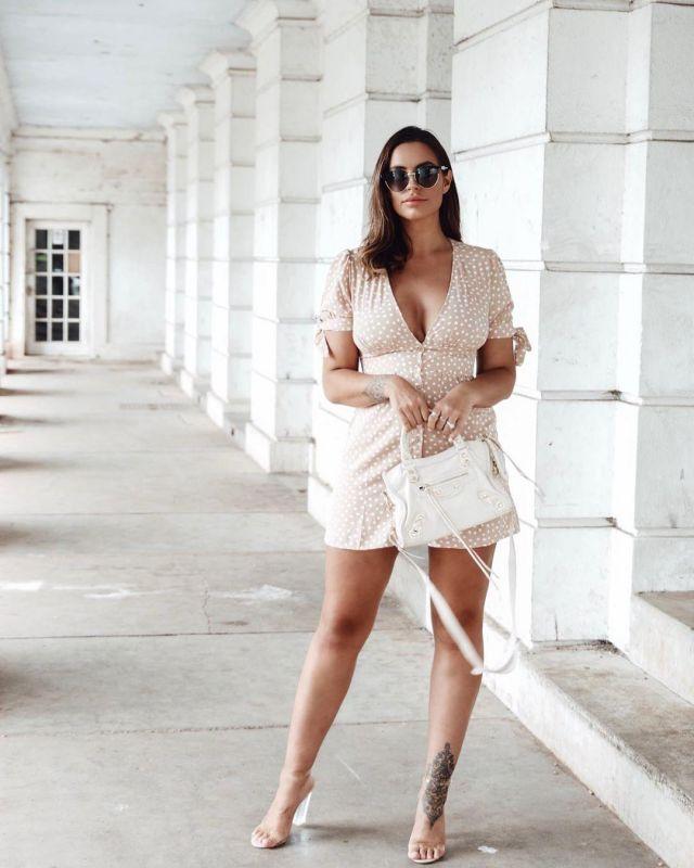 Mini Dress of Jessica Shears on the Instagram account @jessica_rose_uk