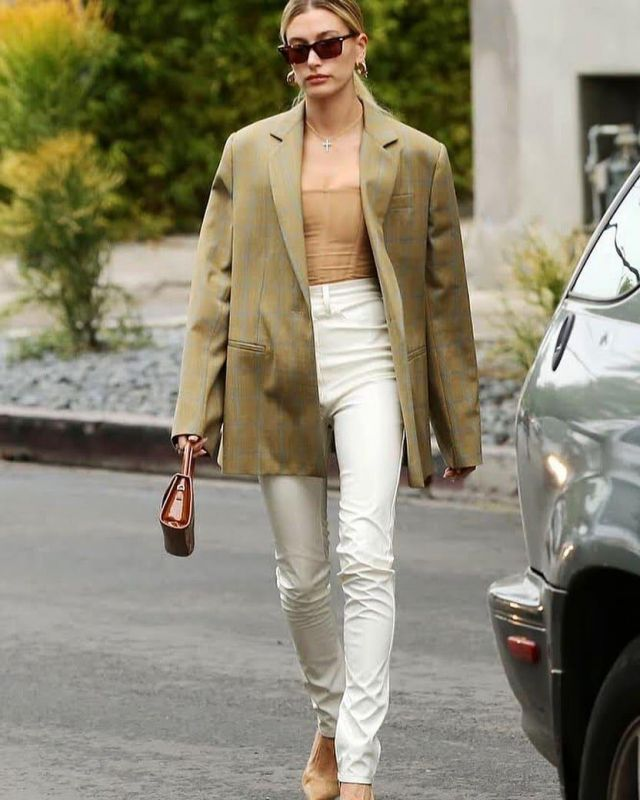 Nina Ricci Check Over­sized Blaz­er worn by Hailey Baldwin Blue Bottle Coffee Shop December 7, 2019