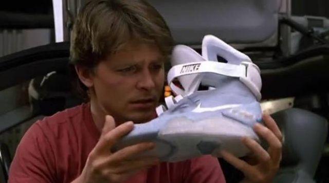 Les sneakers Nike auto-laçantes portées par Marty McFly dans Retour vers le futur II