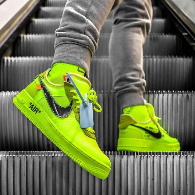 Air Force 1 Off White Volt Worn By Maxxc On The Account
