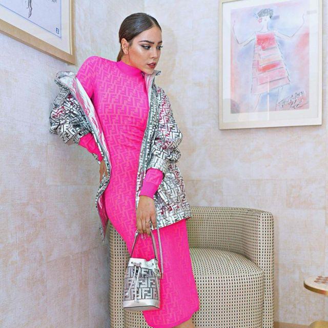 Robe rose fendi  porté par danna paola   sur le compte Instagram de @dannapaola