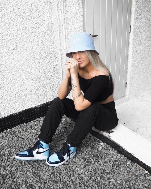 Sneakers Nike Jordan 1 Retro High UNC Patent worn by Hanna on his ...
