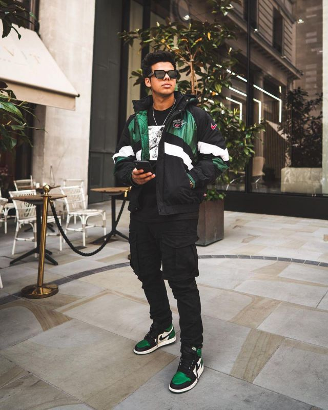 Supreme Nike Hooded Sport Jacket Green sur le compte Instagram de @aripetrou