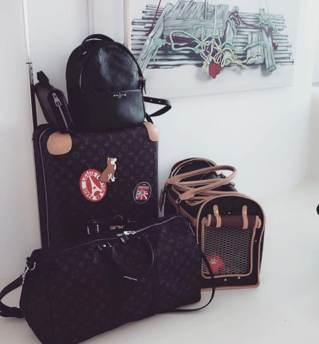 Travel bag louis vuitton on the account Instagram of @marwa_loud