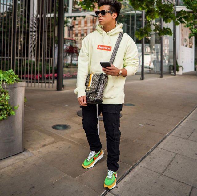 Chaussure Nike sacaï porté par aripetrou  sur le compte Instagram de @aripetrou
