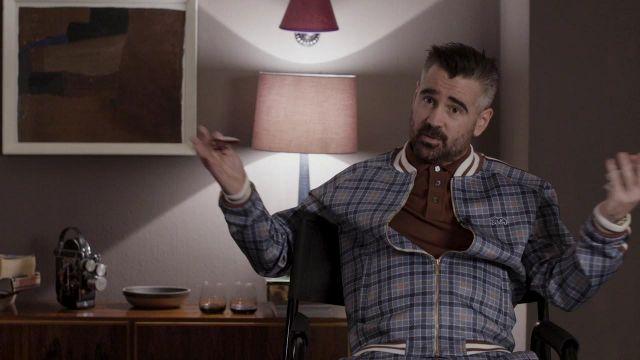 La veste de survêtement bleue à carreaux de Coach (Colin Farrell) dans The Gentlemen