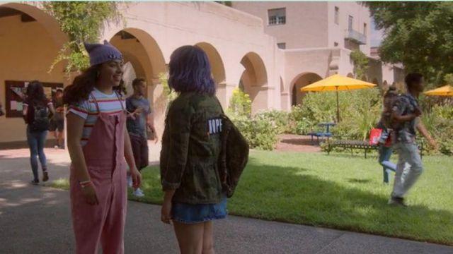 Rainbow Striped Tee worn by Molly Hernandez (Allegra Acosta) in Marvel's Runaways Season 3 Episode 10