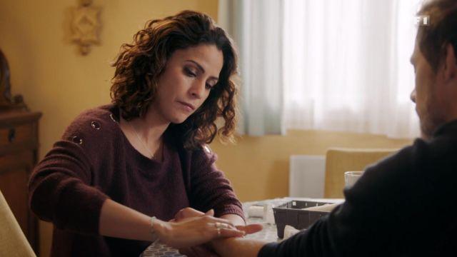 The Sweater wool collar boat bordeaux Leila (Samira Lachhab) in Tomorrow belongs to us