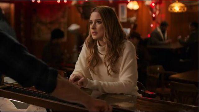 White Cowl Neck Sweatshirt worn by Melinda Monroe (Alexandra Breckenridge) in Virgin River Season 1 Episode 1