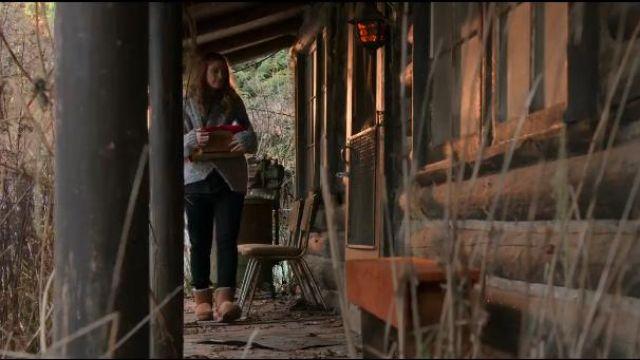 Brown Short Boots worn by Melinda Monroe (Alexandra Breckenridge) in Virgin River Season 1 Episode 1