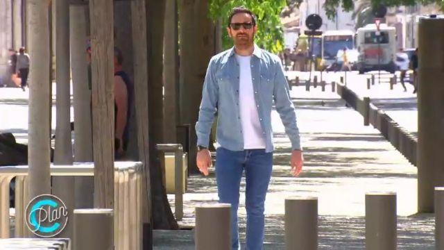 Le jean slim bleu foncé uni de Camille Combal dans Plan C (émission du 14/06/2019)