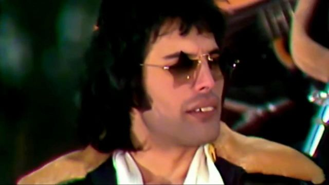 Star Shaped Sunglasses Worn By Freddie Mercury In We Will Rock You Official Music Video By Queen Spotern