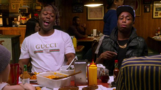 Gucci white logo t-shirt worn by Darrell (Kevin Daniels) as seen in AJ and the Queen (S01E07)