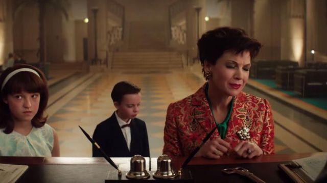 Orange print jacket of Judy Garland (Renée Zellweger) in Judy