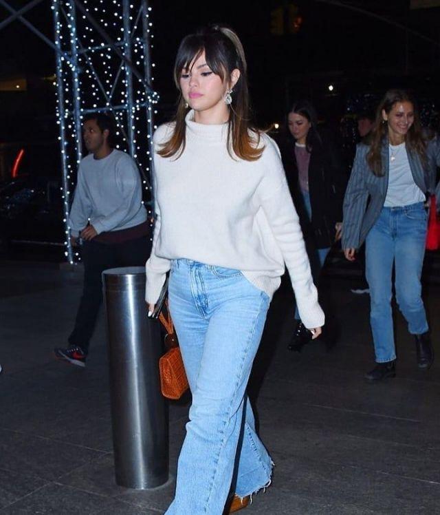 Levi Wide Leg Pants Jeans of Selena Gomez on the Instagram account @selenagomez  January 14, 2020