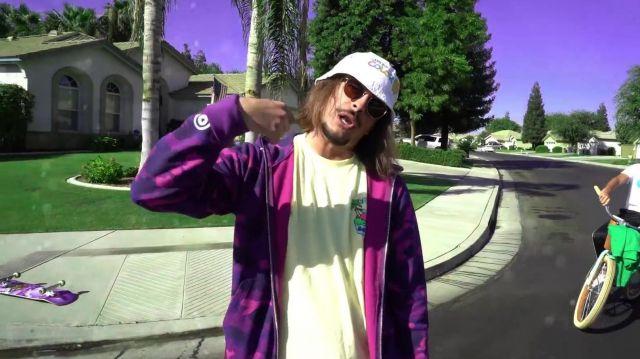 La veste violette style camouflage portée par Lorenzo dans la vidéo Lorenzo - Bizness (Clip Officiel)