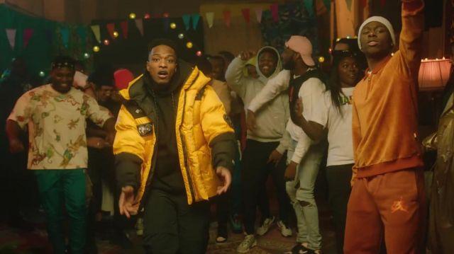 La doudoune jaune et noire porté par Niska dans le clip 4Keus Feat. Niska - M.D