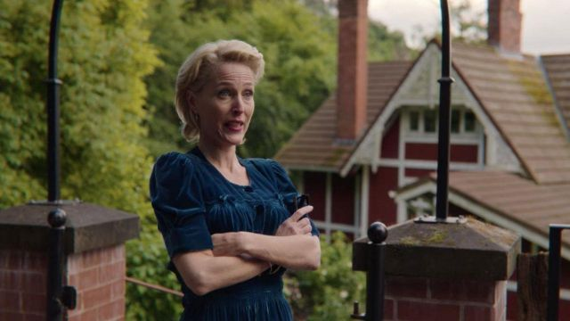Blue Velvet Dress of Jean Milburn (Gillian Anderson) in Sex Education (S02E05)