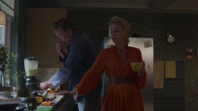 Orange Dress worn by Jean Milburn (Gillian Anderson) in Sex Education (S02E04)