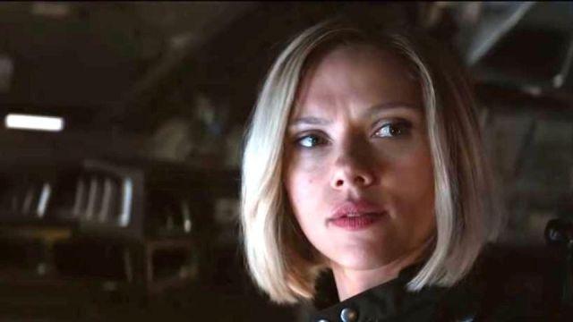The blonde wig polar of Natasha Romanoffs / Black Widow (Scarlett Johansson) in Avengers : Infinity War
