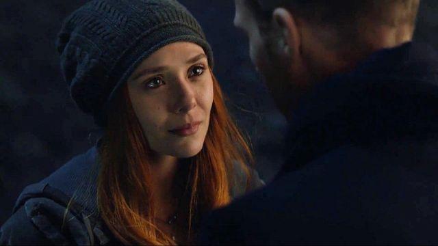 The bonnet of Natasha Romanoffs / Black Widow (Scarlett Johansson) in Avengers : Infinity War