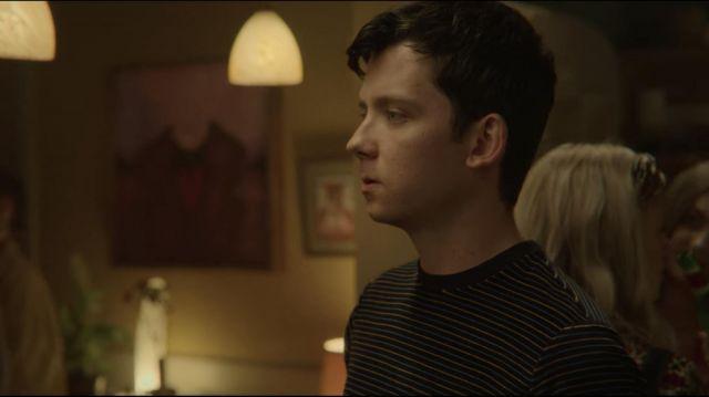 Striped t-shirt worn by Otis Milburn (Asa Butterfield) in Sex Education (S02E06)