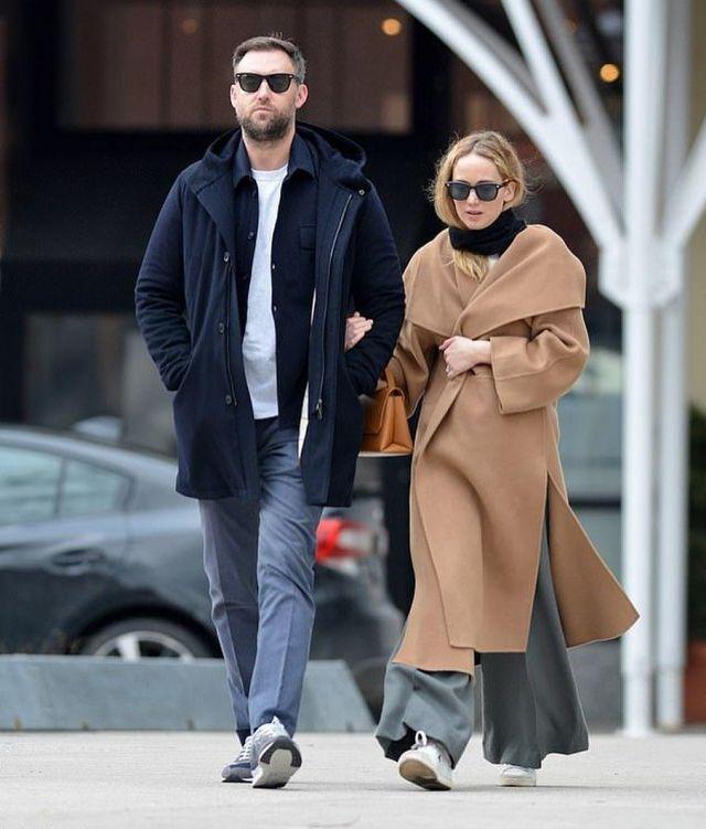3.1 Phillip Lim Alix Mini Poignée Supérieure Sac à dos porté par Jennifer Lawrence la Ville de New York le 3 février 2020