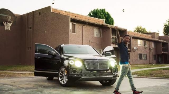2019 Bentley Bentayga de Roddy Ricch dans Roddy Ricch - Chaque Saison (Dir Par JDFilms)