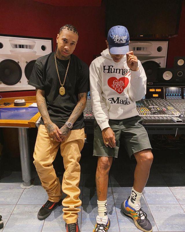 de ultramar Seguid así regla  Adidas Sobakov Boost sivasdescalzo of Pharrell Williams on the Instagram  account @pharrell | Spotern