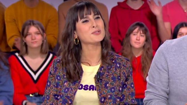 The bomber jacket floral print of Emilie Papatheodorou in Click the 11.02.2020