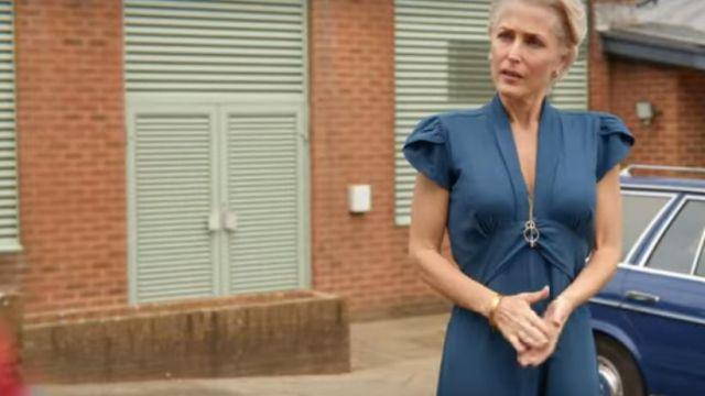 Blue jumpsuit worn by Jean Milburn (Gillian Anderson) in Sex Education (S01E08)