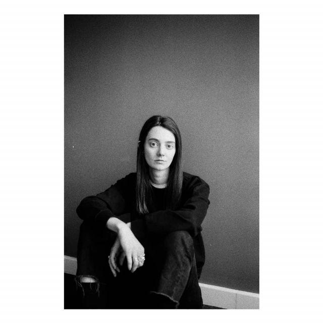 Black Fleece Sweatshirt worn by Tanya Reynolds on the Instagram account @tanyaloureynolds