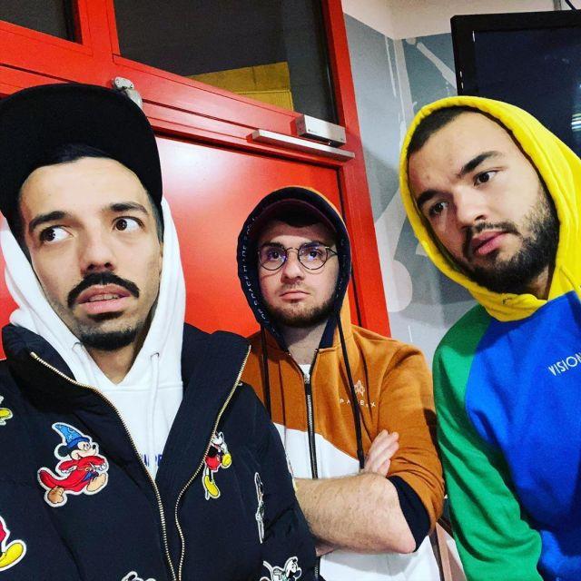 The sweatshirt worn by Oli on a post to Instagram of @amixem