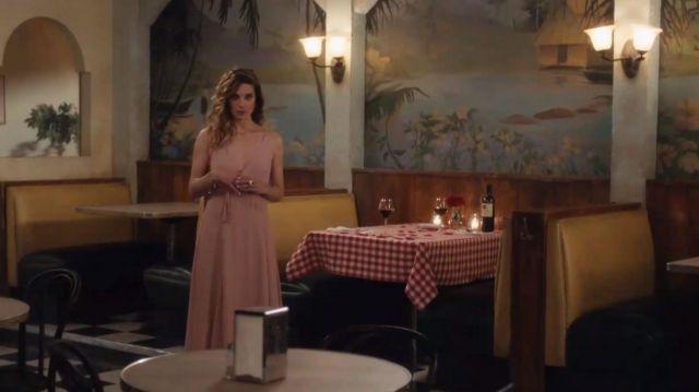 La réforme Blush Callalily Robe portée par Alexis Rose (Annie Murphy) dans Schitt s Creek (S06E08)