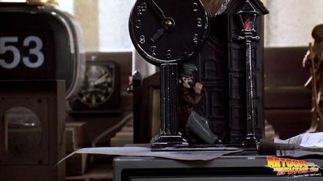 Clock de Marty McFly (Michael J. Fox) dans Retour vers le futur